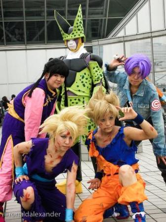 http://www.taringa.net/posts/imagenes/1343369/disfraces-de-anime_-_Cosplay_.html